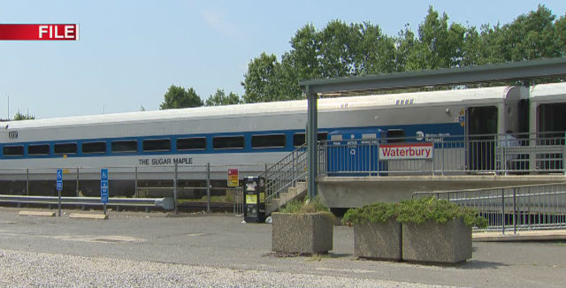 metro-north waterbury_102078