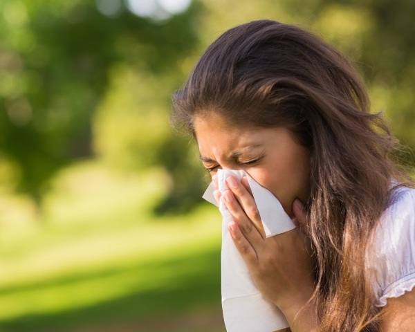 sneeze sick allergies_95540