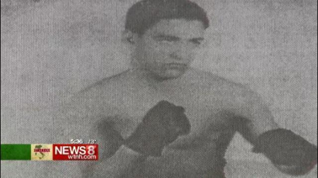 New Haven Italian-American boxing_113100