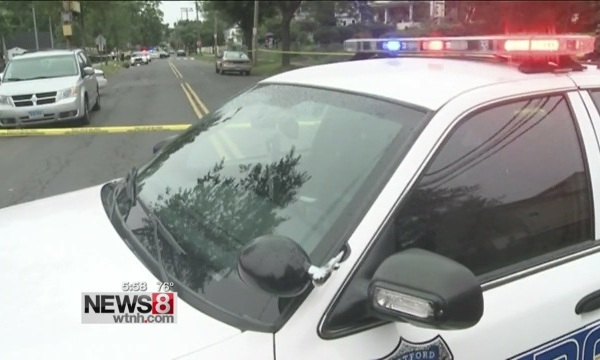 Hartford police Holcomb Street shooting_136520