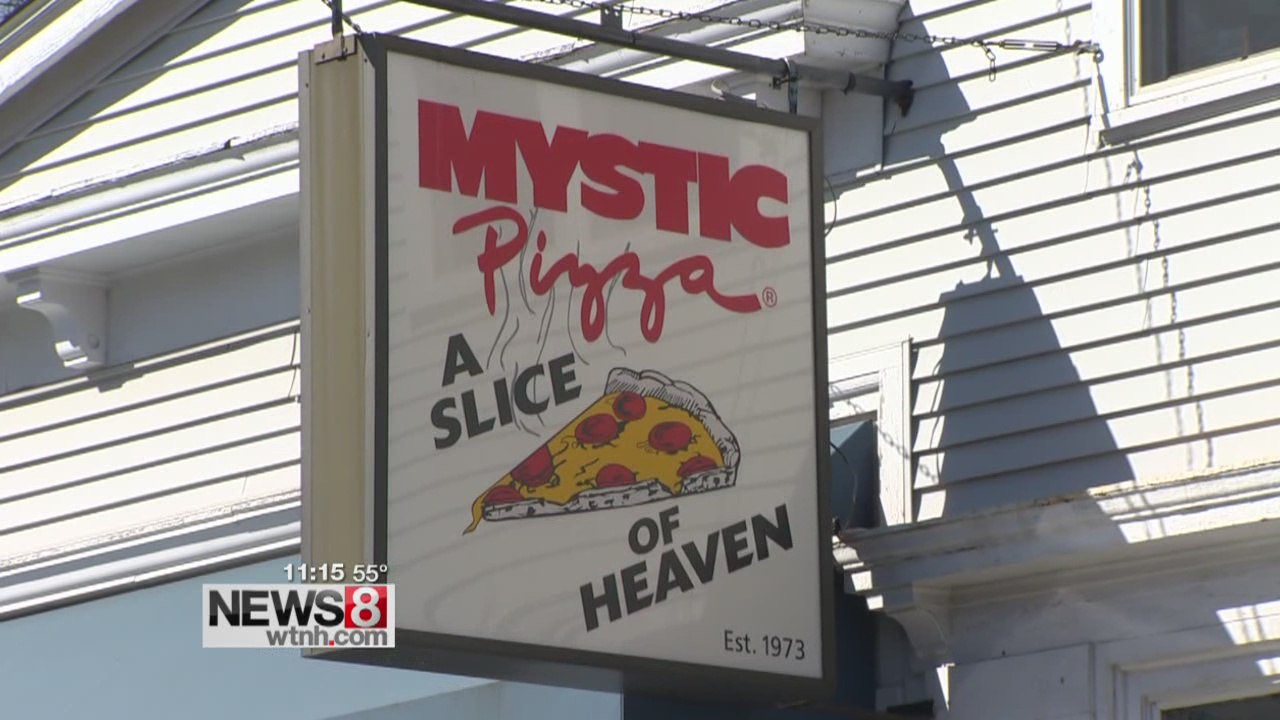 Decades after filming, Mystic Pizza still a tourist stop
