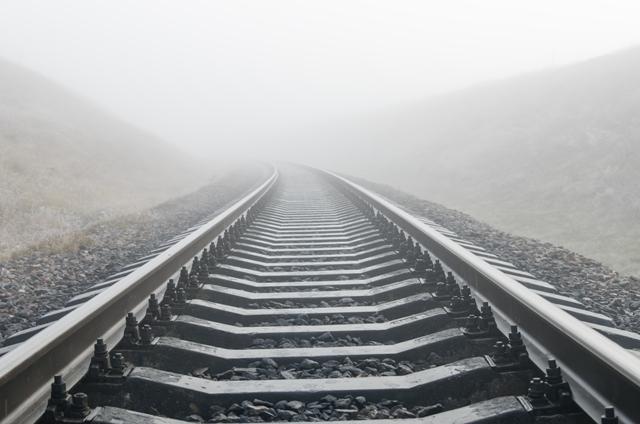 railroad train tracks_81196