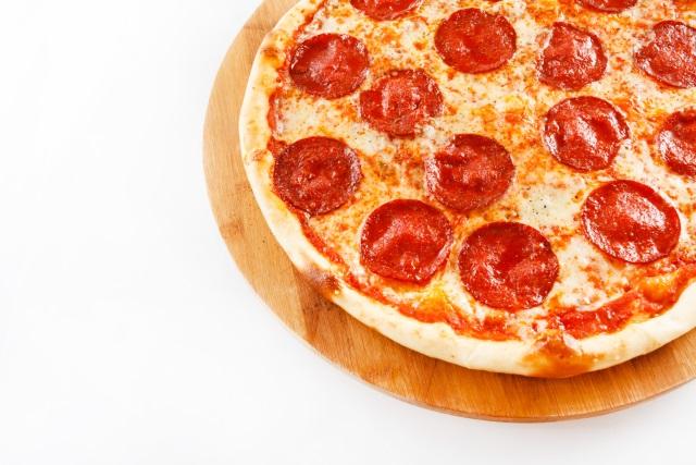 Pizza Shutterstock_263890
