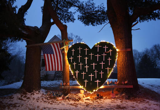 Newtown Shooting Memorial_284717