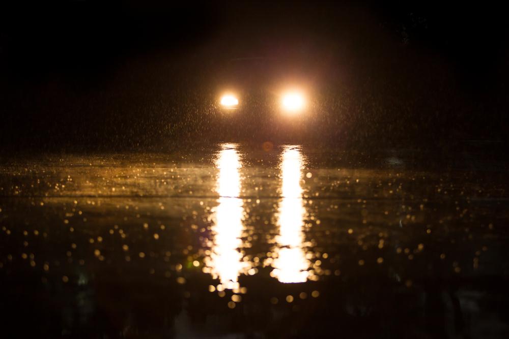 Headlights on at night_264890