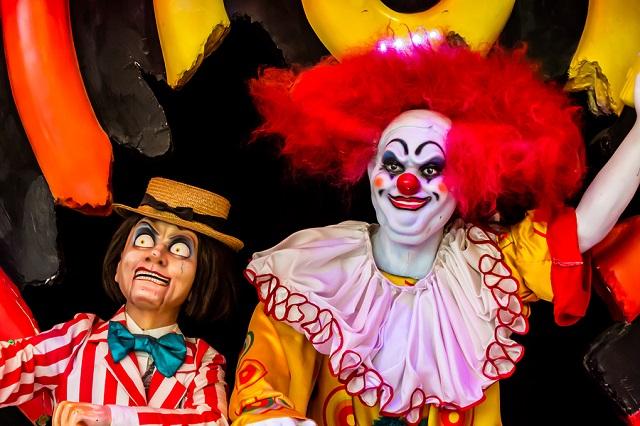 Evil Spooky Clown Smiling._334893