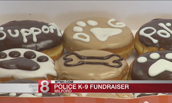2017-04-28-Dunkin-Donuts-Canine-Paw-Print-doughnuts_441963