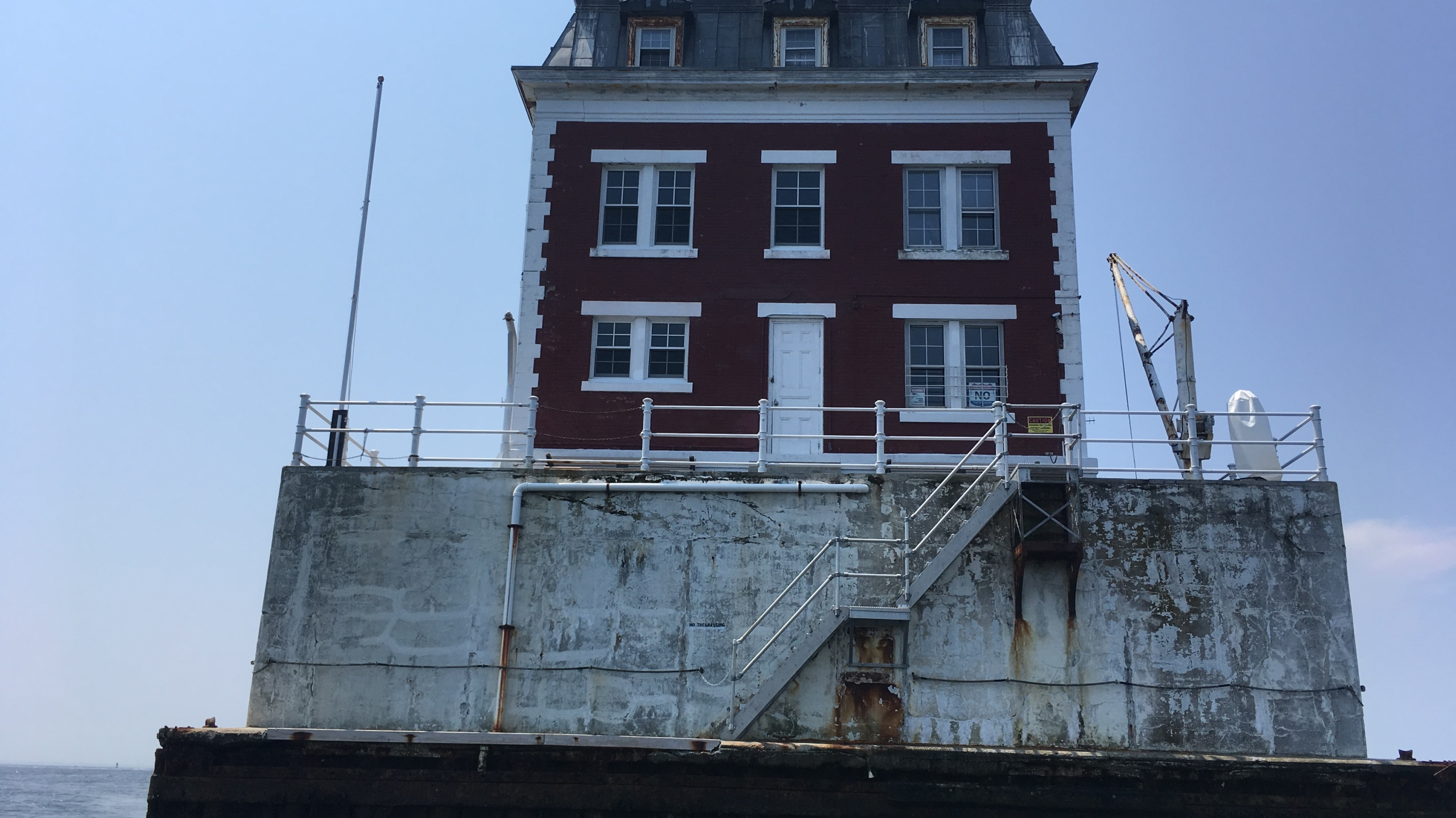 new london ledge lighthouse power problems 2_493442