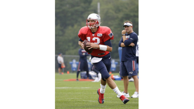 Tom Brady, Josh McDaniels_521844