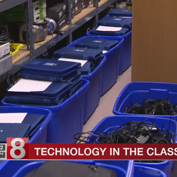 Laptops for students changing how kids learn in Plainville