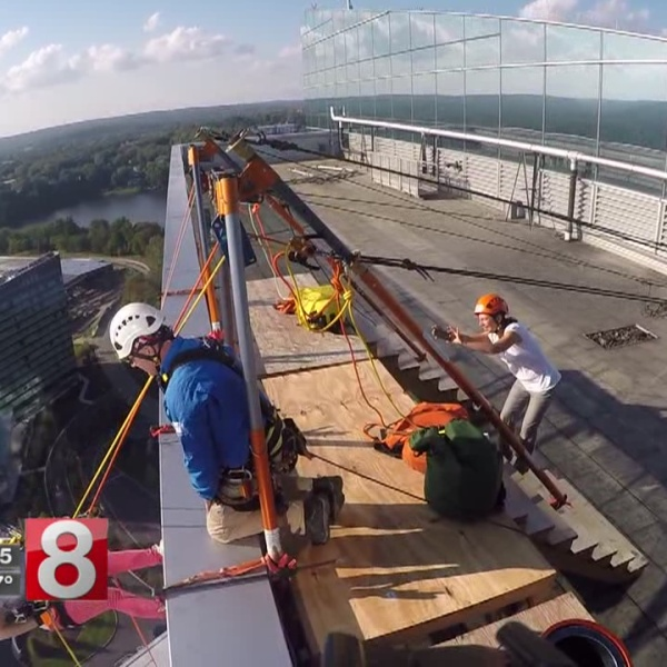 over the edge mohegan sun rappelling special olympics ct_523152