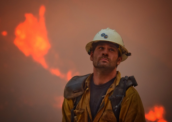 2017-12-12-California-Wildfires-AP_580784