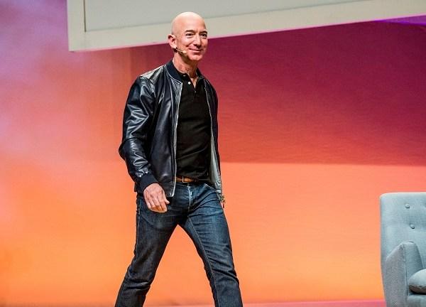 Jeff Bezos_570345