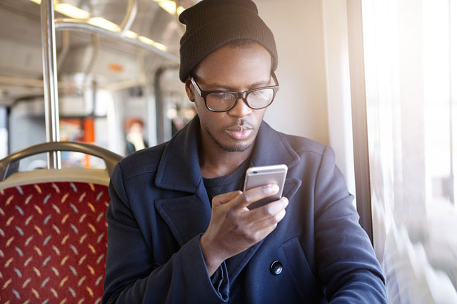 cellphone-look-staring-tech-neck-generic_621746