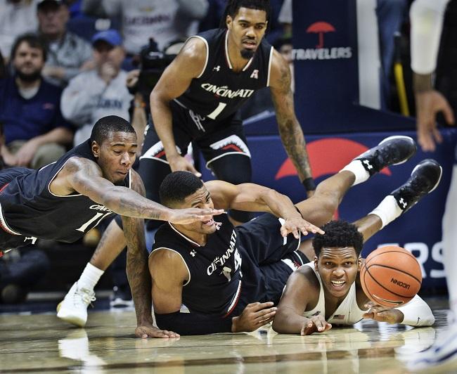 APTOPIX Cincinnati UConn Basketball_614252