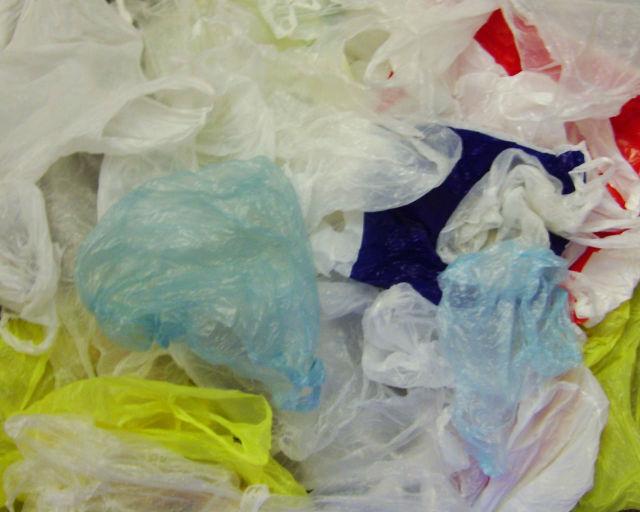plastic-bags_402343