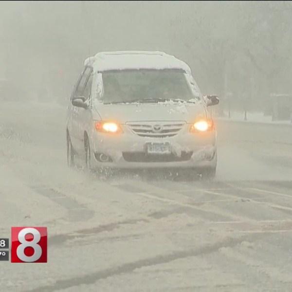 snow car Middletown_641530