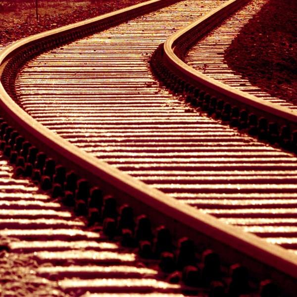 train tracks generic.jpg