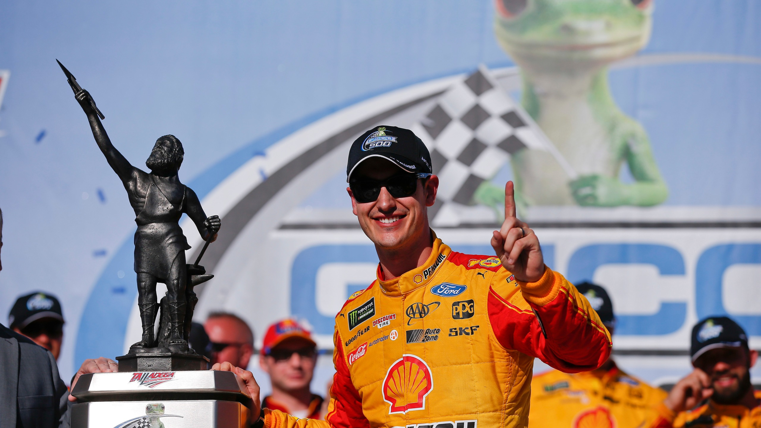 NASCAR Talladega Auto Race_1525078359904