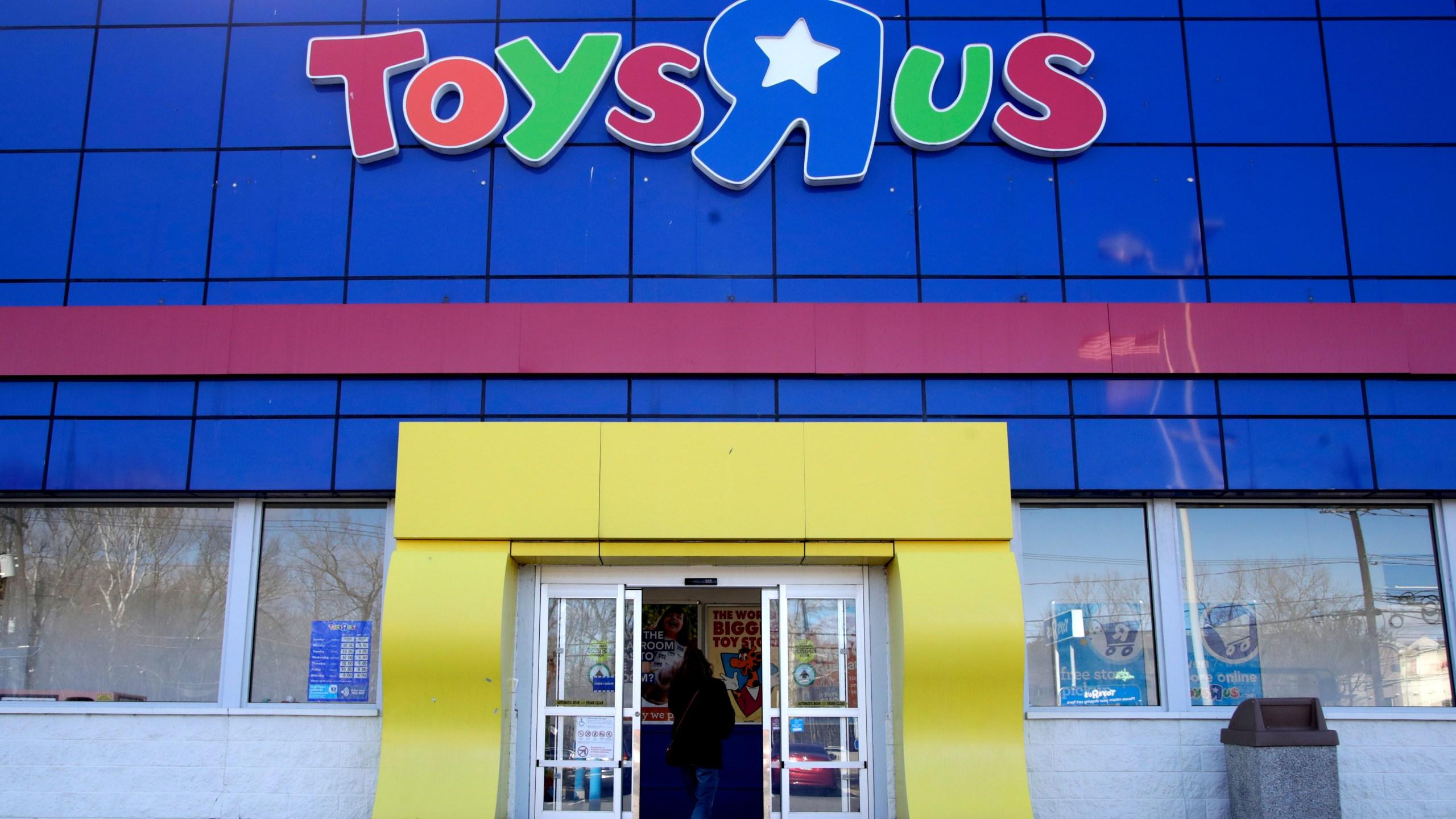 Toys_R_Us_Liquidation_21484-159532.jpg42238644