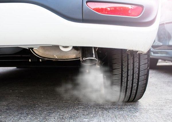 emissions-car-exhaust-generic_503561