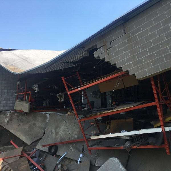 2018-05-29-Shelton-Building-Collapse-2_1527618300657.jpg
