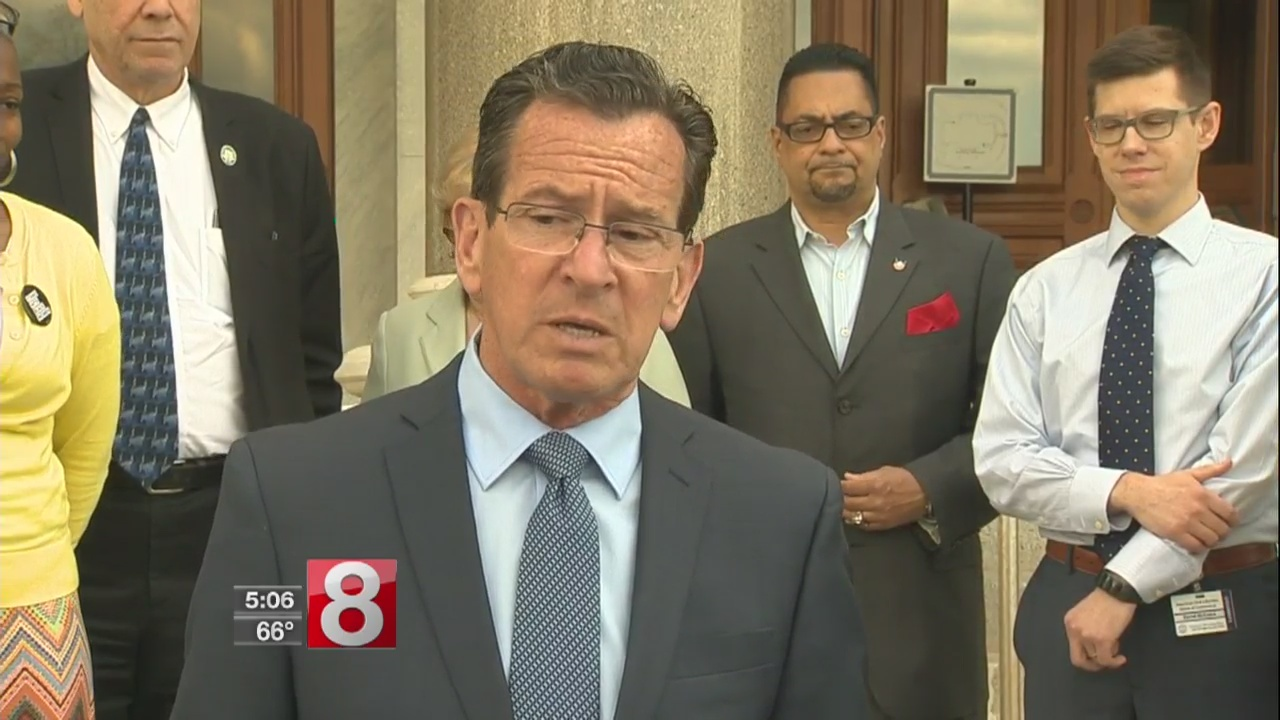 Malloy_urges_lawmakers_to_pass_bill_allo_0_20180507212001