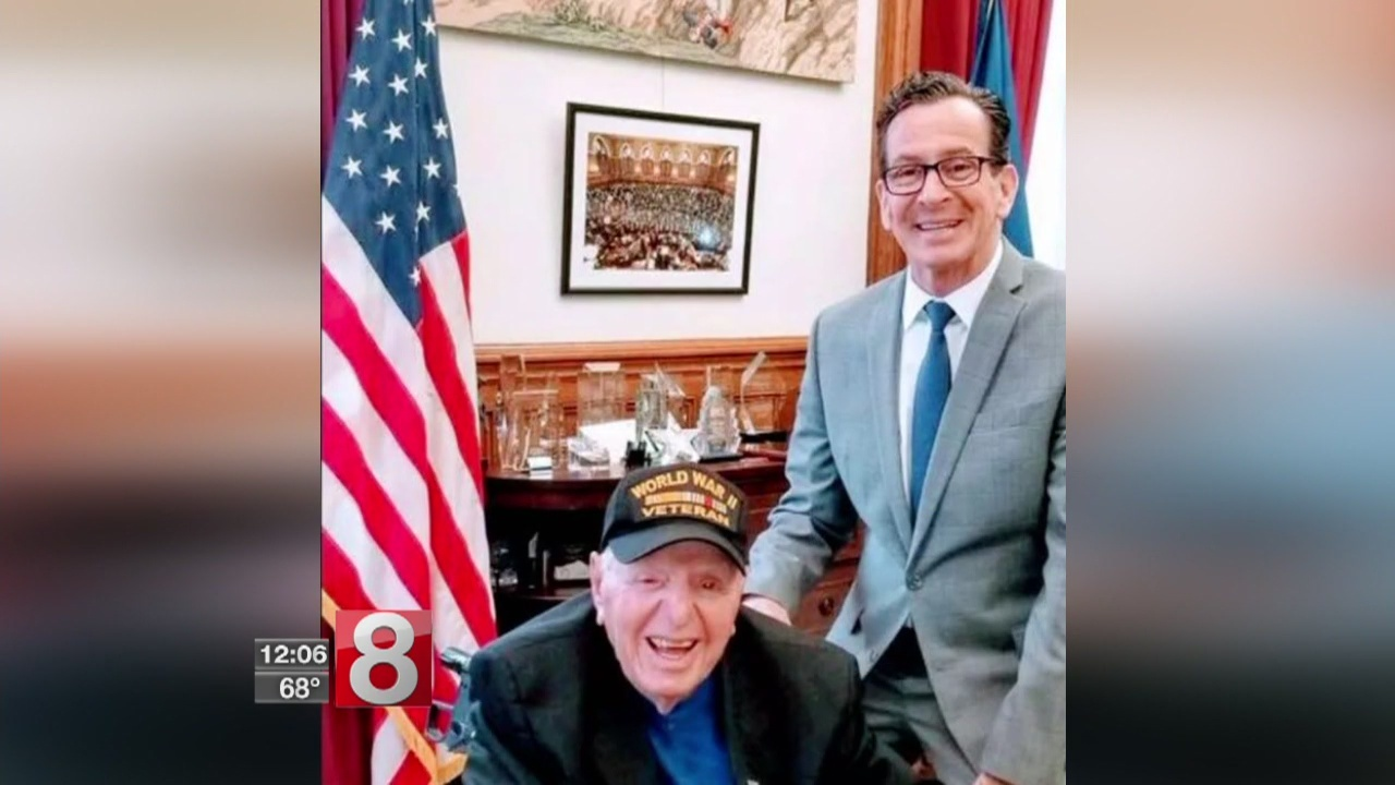 WWII vet stops in Connecticut on mission to meet nation's governors