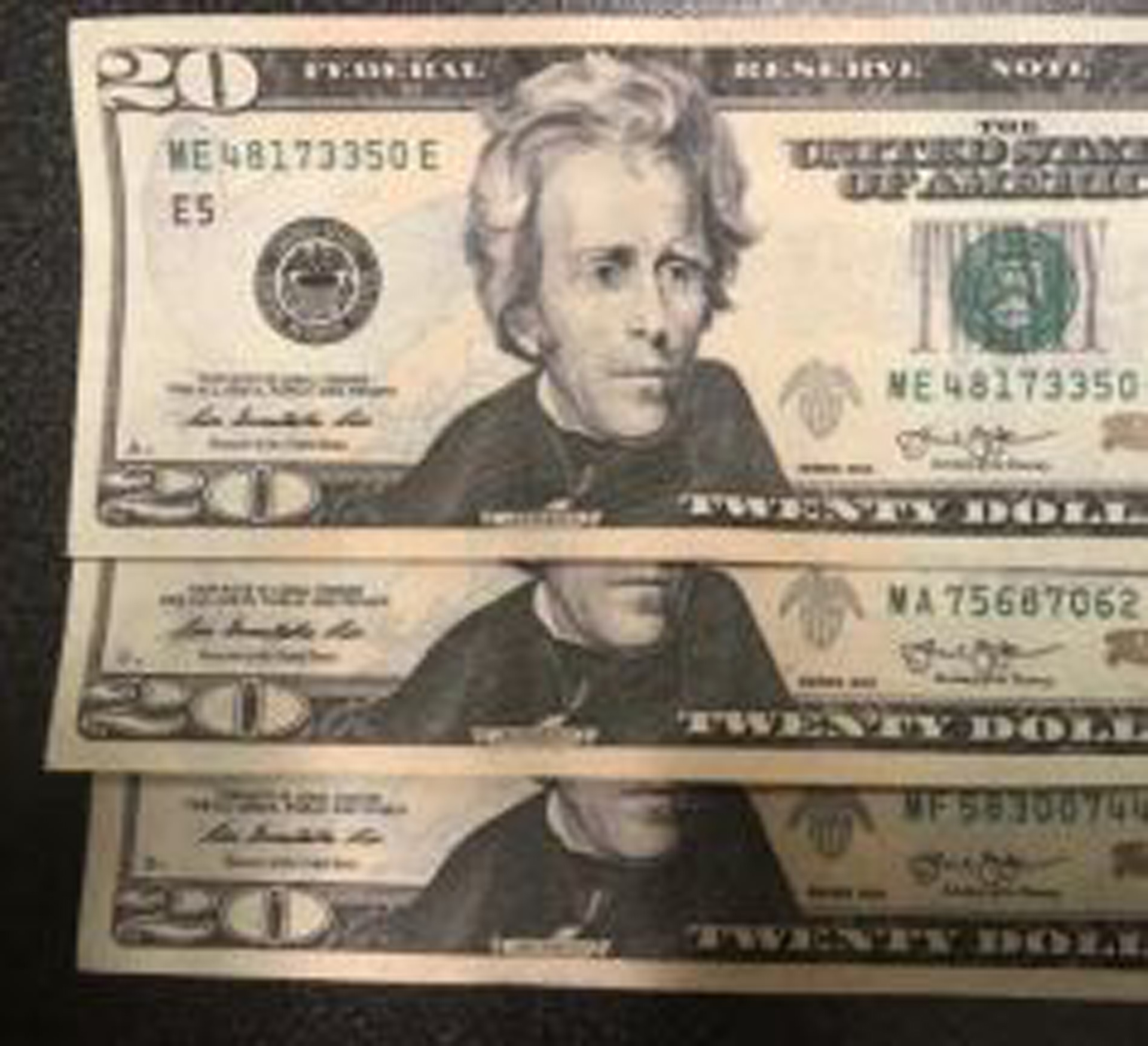 check the serial number on money