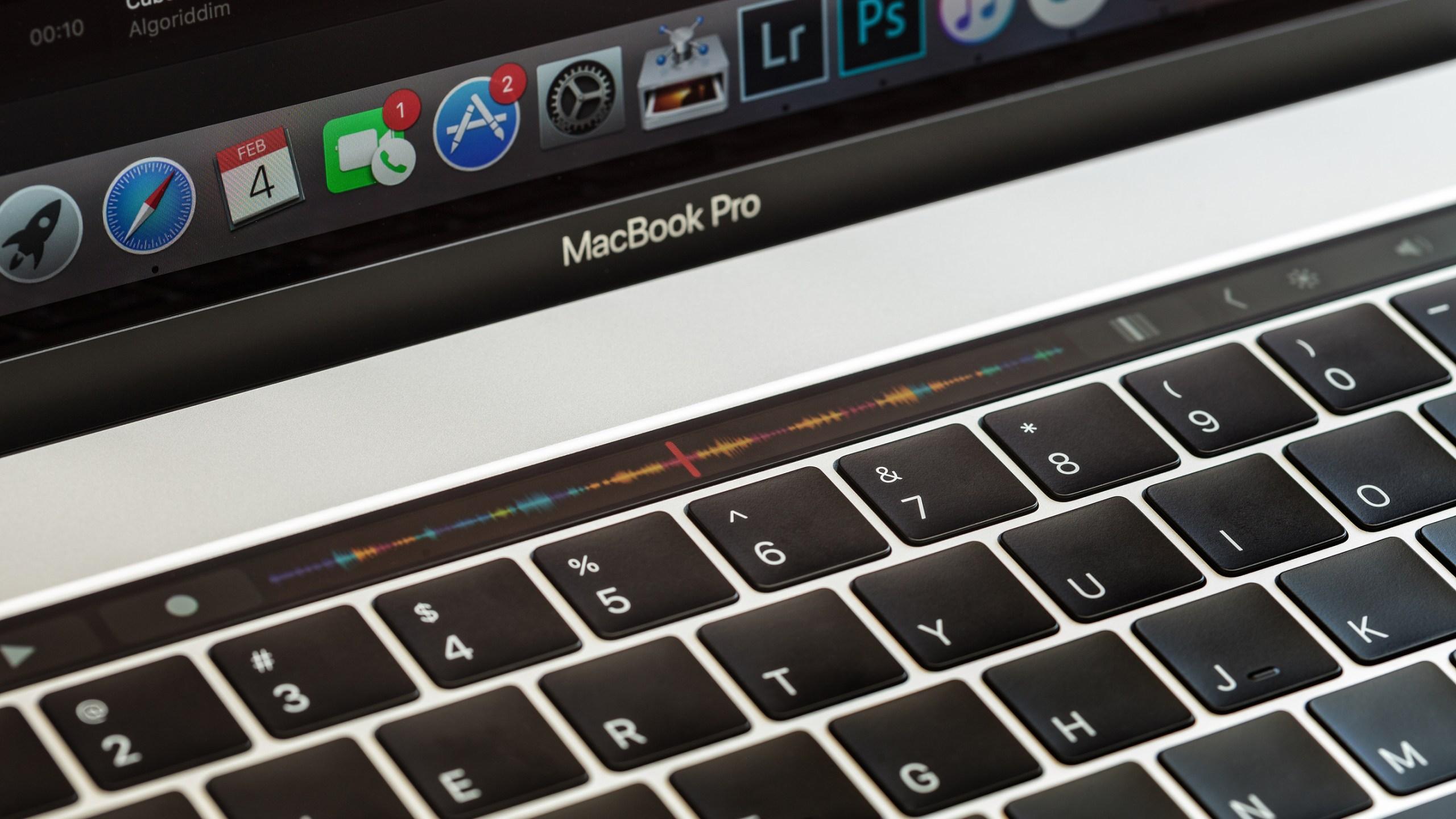 Apple S Faulty Macbook Laptop Keyboard Results In Class Action Lawsuit
