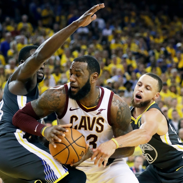 APTOPIX_NBA_Finals_Cavaliers_Warriors_Basketball_96543-159532.jpg47237693