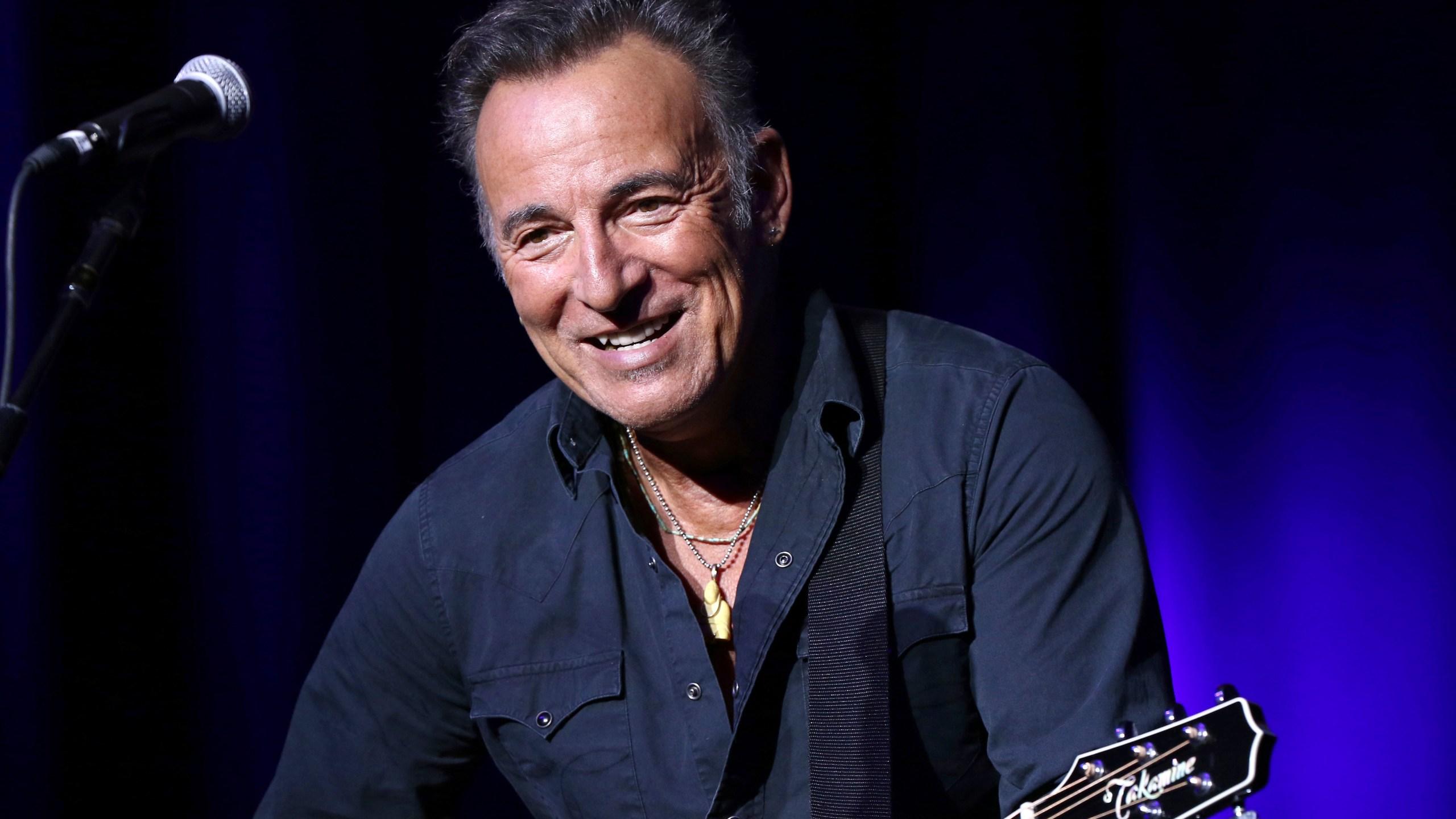 People_Bruce_Springsteen_41922-159532.jpg25567008
