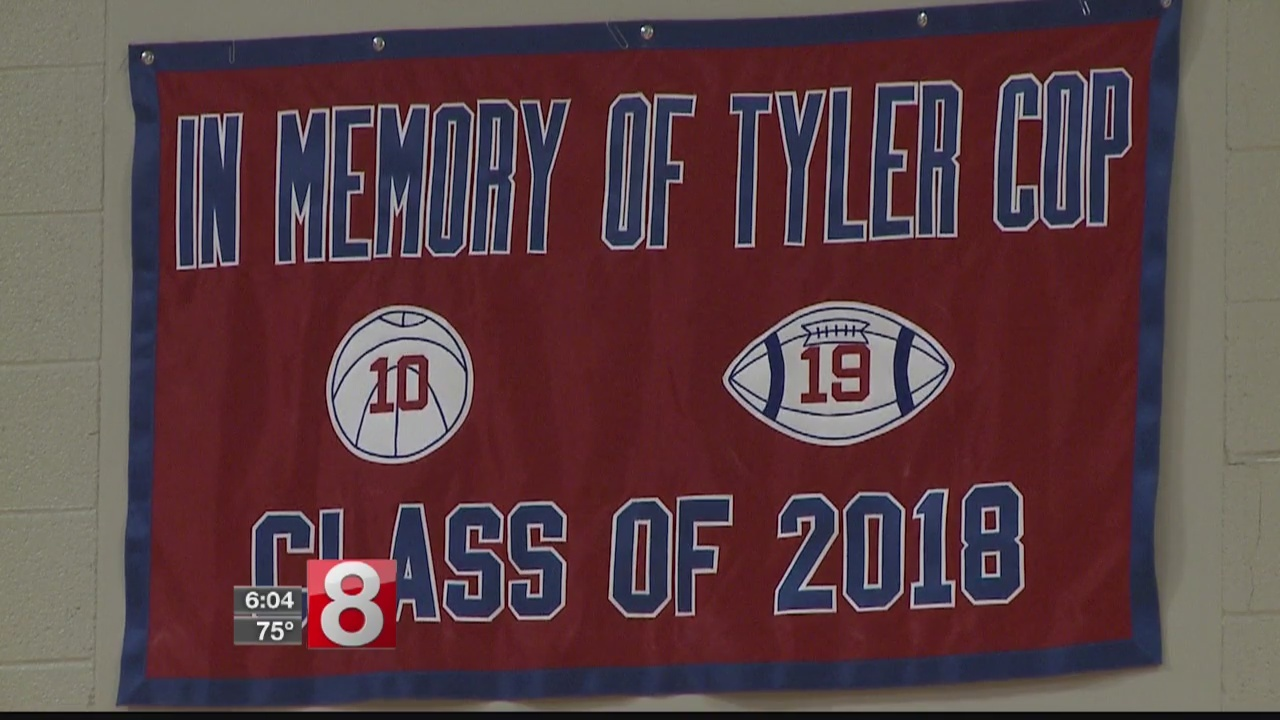 Basketball tournament honors Berlin teen who passed away