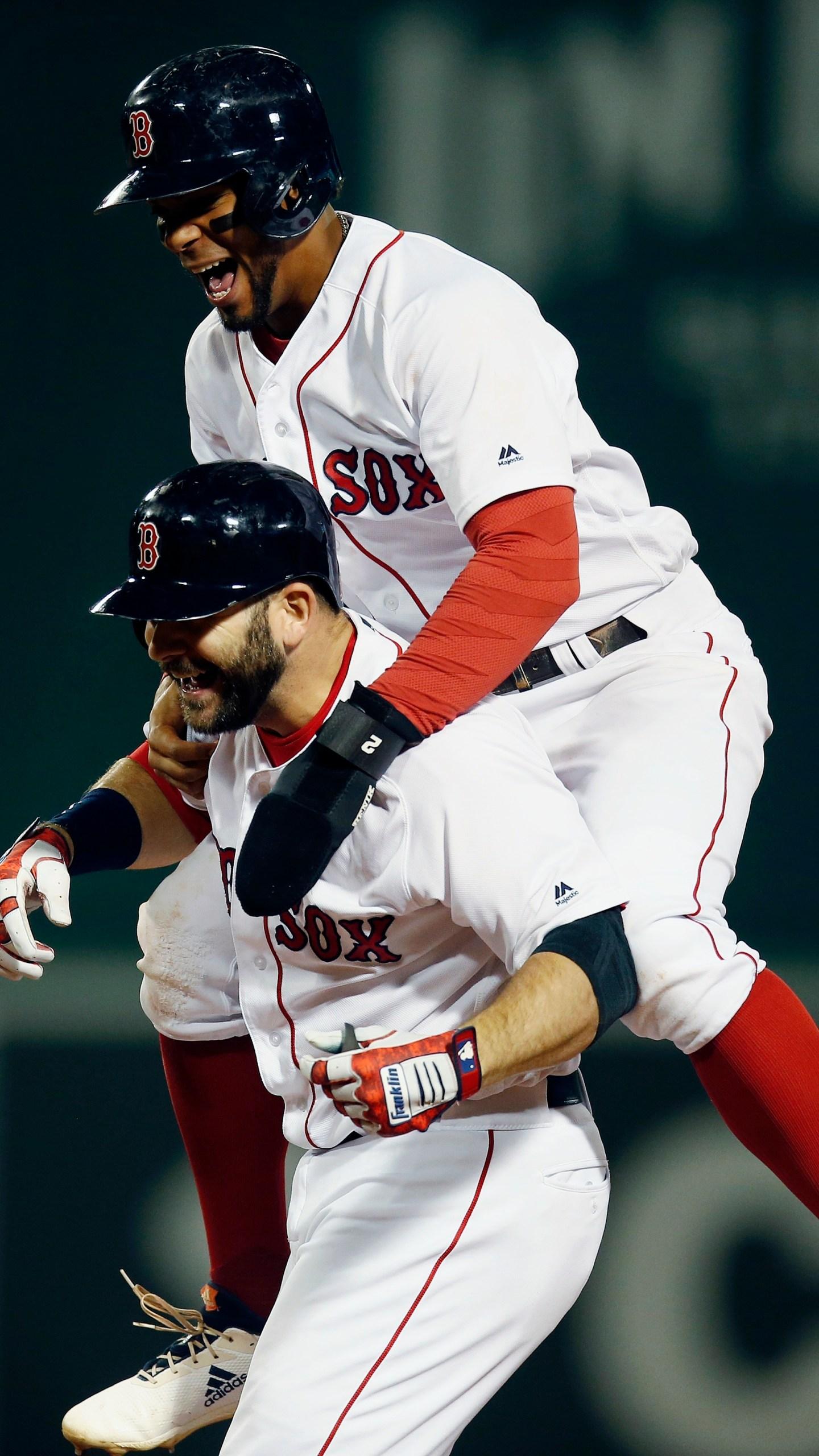 APTOPIX Astros Red Sox Baseball_1536554184203