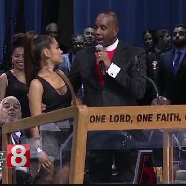 AP_Exclusive__Franklin_funeral_bishop_ap_0_20180902000340