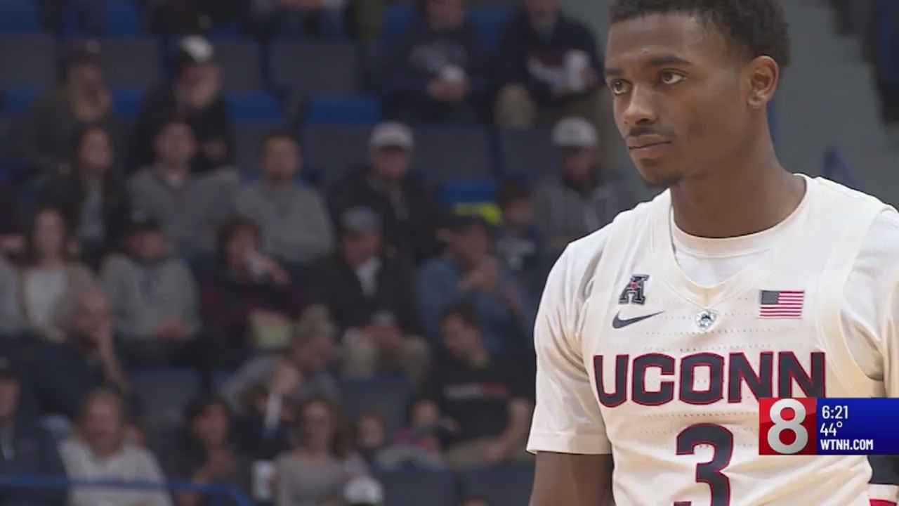 A healthy Gilbert making an impact with the UConn men's basketball team
