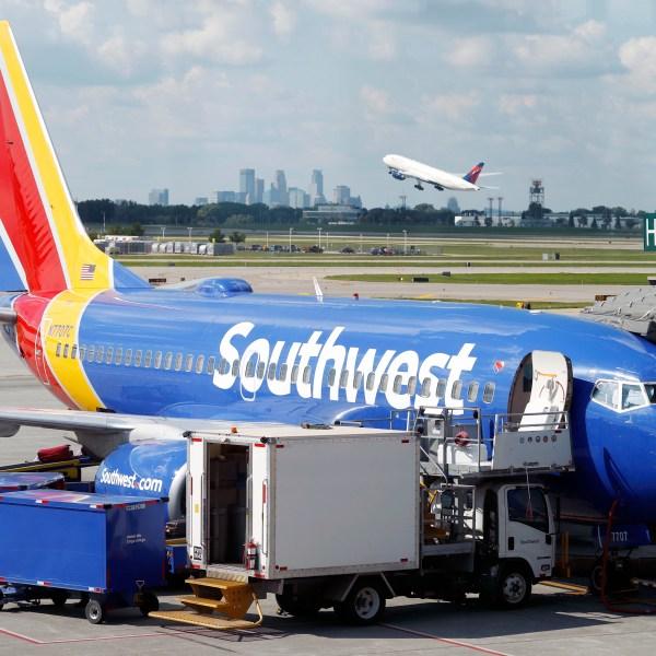 Earns_Southwest_Airlines_17471-159532.jpg52242993