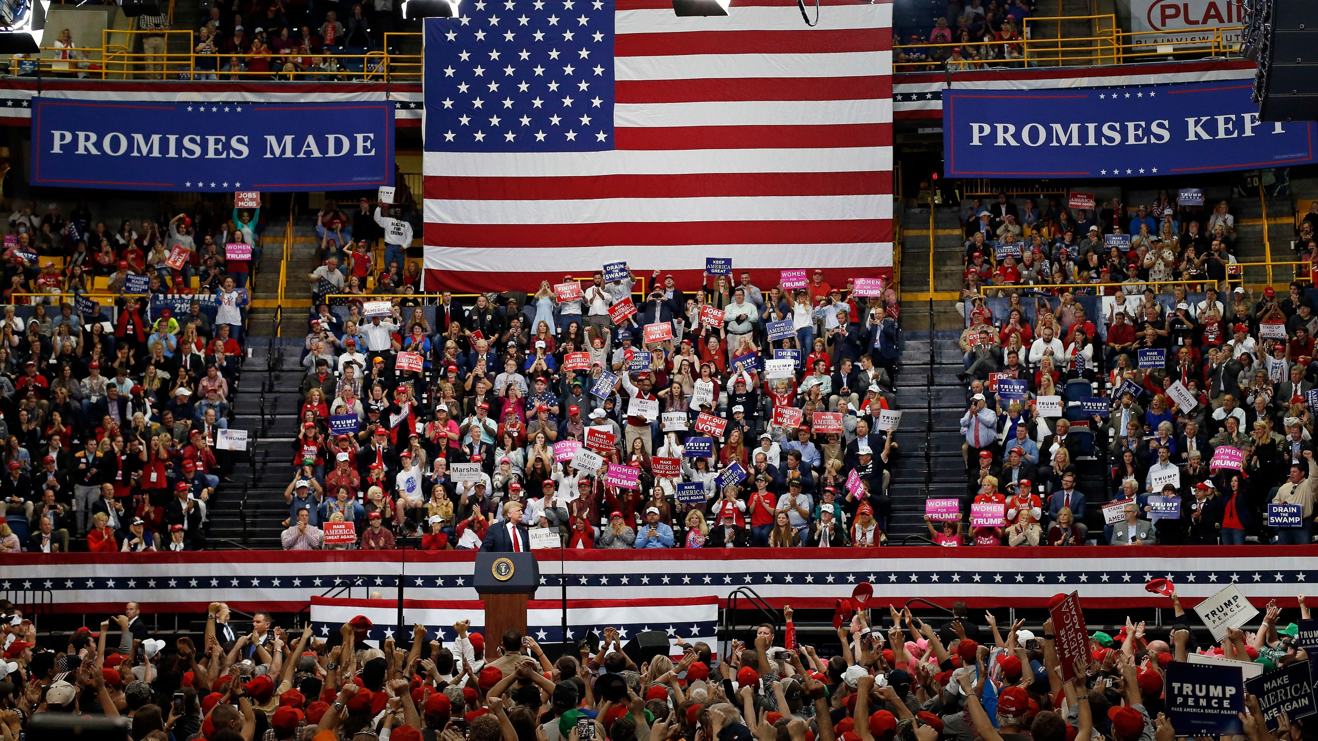 Election_2018_Trump_26496-159532.jpg00797454