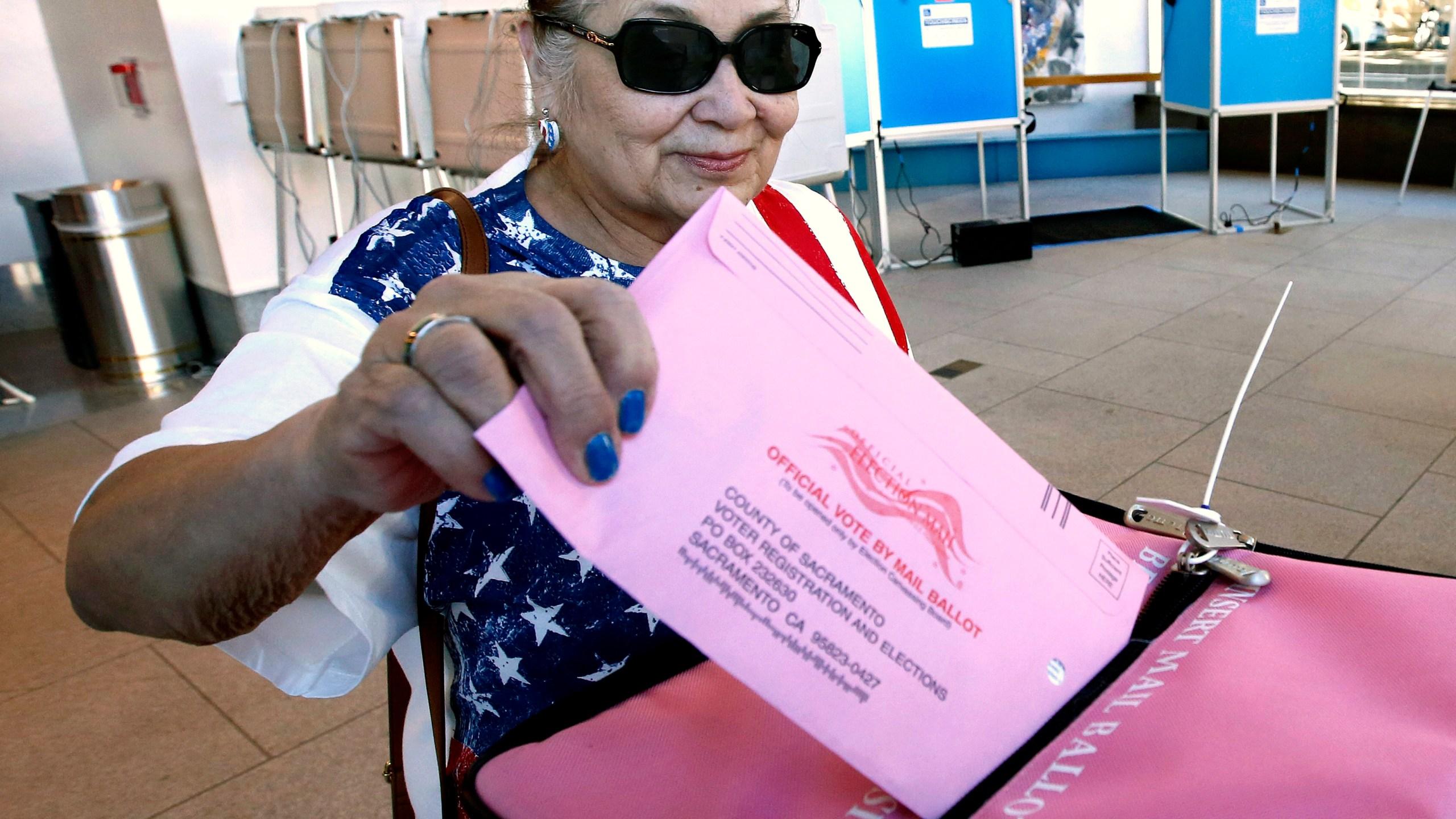 Election_2018_Voting_California_59118-159532.jpg35465083