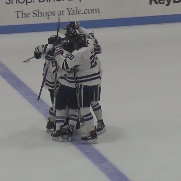 UConn, Yale men's ice hockey teams in Northern Ireland for Friendship Four