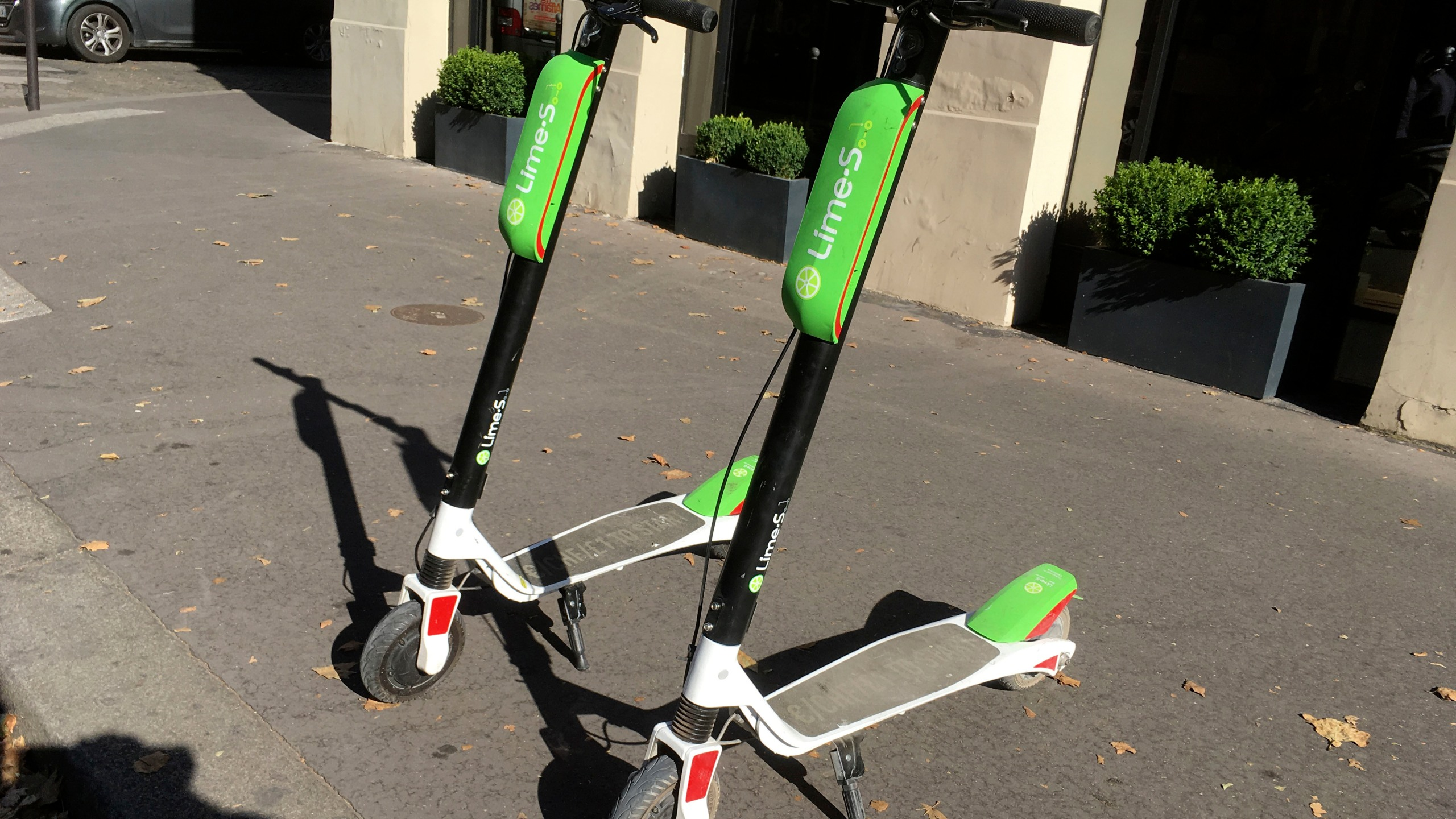 Uber_Lime_Scooters_45001-159532.jpg53337271
