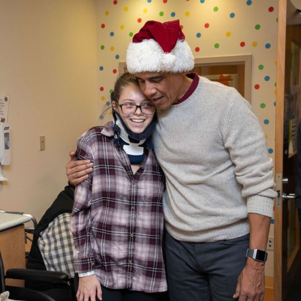 2018-12-18 Obama DC Childrens Hospital (1)_1545317431874.jpg.jpg