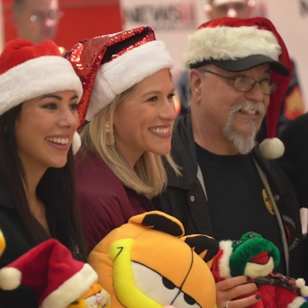 Hundreds of toys collected for News 8's Gr8 Holiday Give!