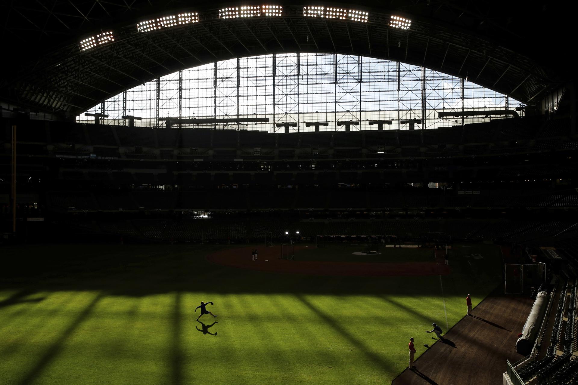 NLCS Dodgers Brewers Baseball Miller Park