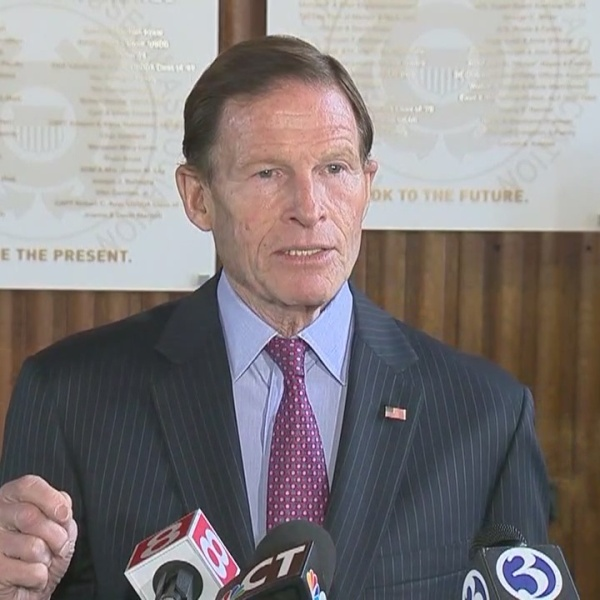 Blumenthal_pushes_for_Coast_Guard_to_get_0_20181231181918