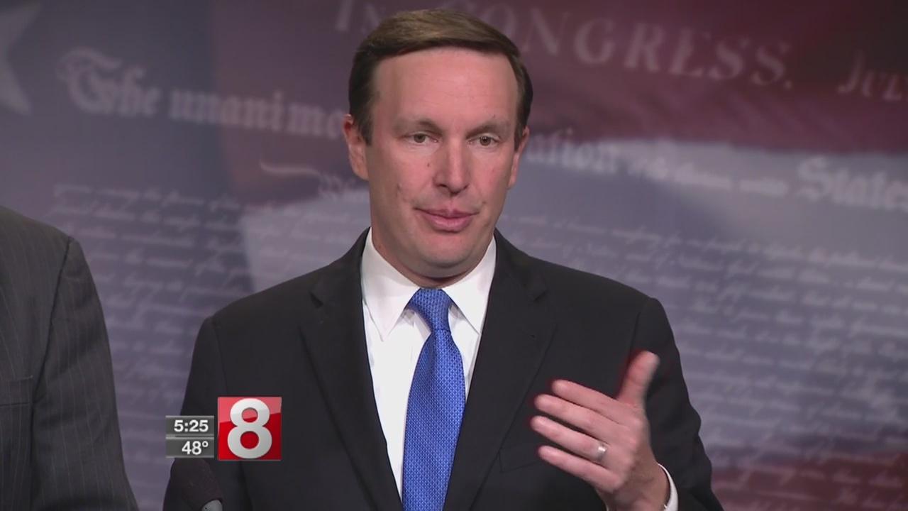 Connecticut_Senator_Chris_Murphy_speaks__0_20180418213726
