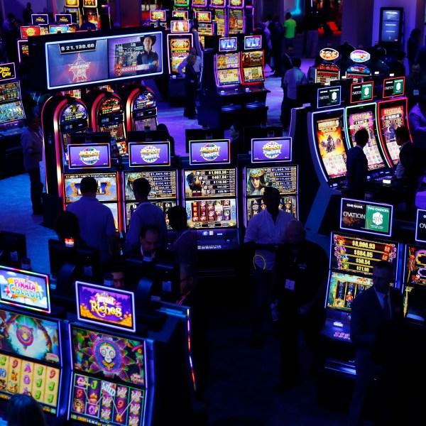Sports_Gambling_Trade_Show_85122-159532.jpg05155526