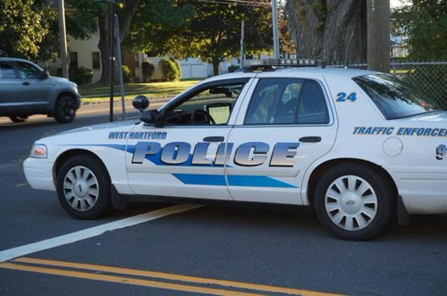 2015-08-10 West Hartford Police Car Generic_153897