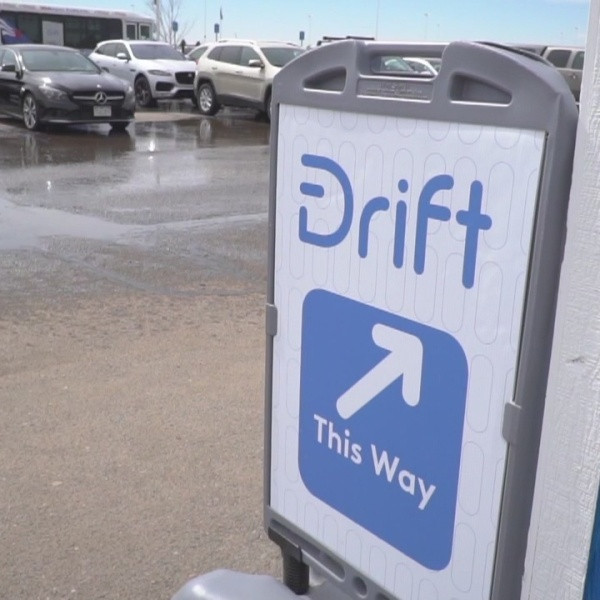 """""""Drift"""" app lets users rent other people's cars"""