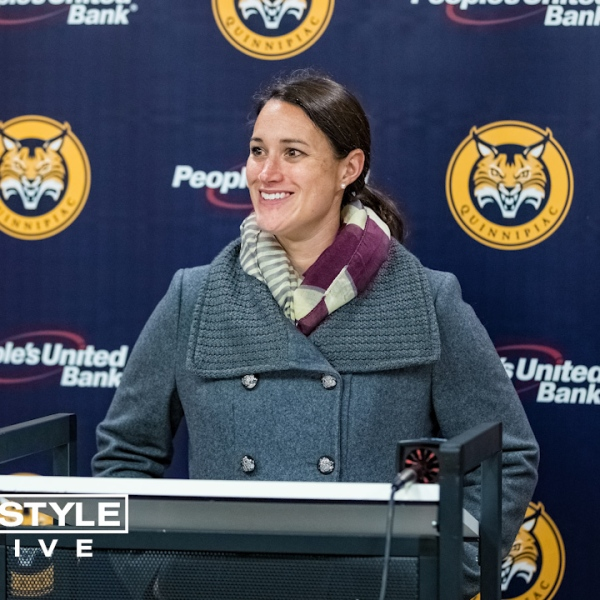 Quinnipiac Women's Ice Hockey Head Coach Cassandra Turner Empowers Young Women